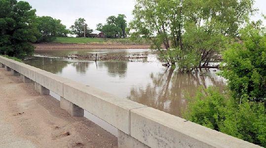 476 cfs at Sappa Creek near Lyle, KS on May 24, 2014. Photo by Lori Marintzer, USGS.