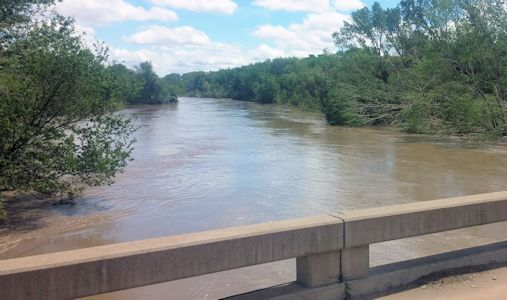 7,900 cfs at Republican River near Hardy, NE on May 7, 2015. Photo by Andrew Clark, USGS.