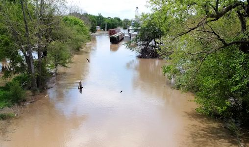 14,400 cfs at Republican River at Scandia, KS on May 7, 2015. Photo by Dirk Hargadine, USGS.