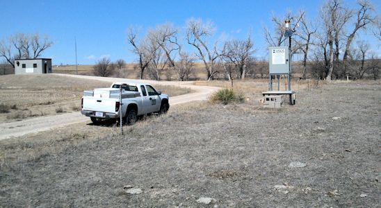 Gage at Smoky Hill River below Schoenchen, KS on Mar. 18, 2013. Photo by Craig Dare, USGS.