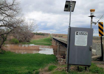 534 cfs at Saline River near Russell, KS on Apr. 19, 2016. Photo by Lori Marintzer, USGS.