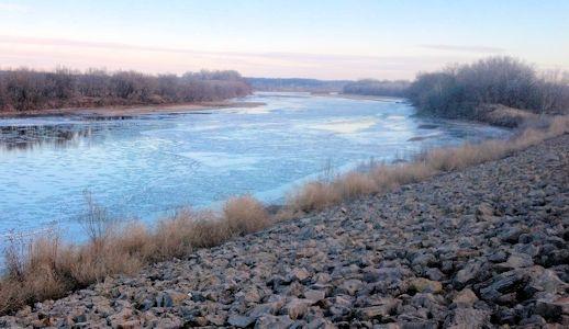 650 cfs at Kansas River at Topeka, KS on Jan. 16, 2013. Photo by Arin Peters, USGS.