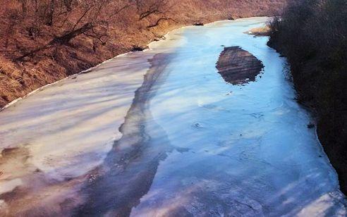 28 cfs at Delaware River near Muscotah, KS on Jan. 14, 2015. Photo by Dirk Hargadine, USGS.