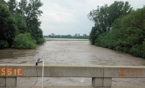 31,700 cfs at Delaware River near Muscotah, KS on May 29, 2013. Photo by Arin Peters, USGS.