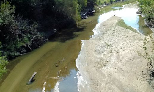 20 cfs at Delaware River near Muscotah, KS on Oct. 6, 2015. Photo by Dirk Hargadine, USGS.