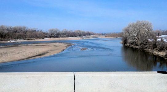 745 cfs at Kansas River at Lecompton, KS on Mar. 7, 2013. Photo by Arin Peters, USGS.