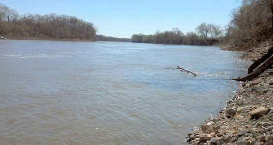 8,490 cfs at Kansas River at Lawrence, KS on Apr. 19, 2013. Photo by Arin Peters, USGS.