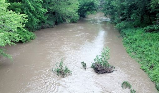 942 cfs at Wakarusa River near Richland, KS on May 28, 2013. Photo by Arin Peters, USGS.