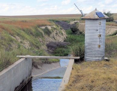 New gage Frontier Ditch Return near Coolidge, KS on July 22, 2015. Photo by Nathan Sullivan, USGS.
