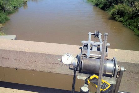 474 cfs at Arkansas River at Deerfield, KS on July 5, 2016. Photo by Lori Marintzer, USGS.