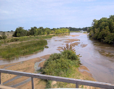 25.8 cfs at South Fork Ninnescah River near Murdock, KS on Aug. 14, 2012. Photo by Sonja McDanel, USGS.